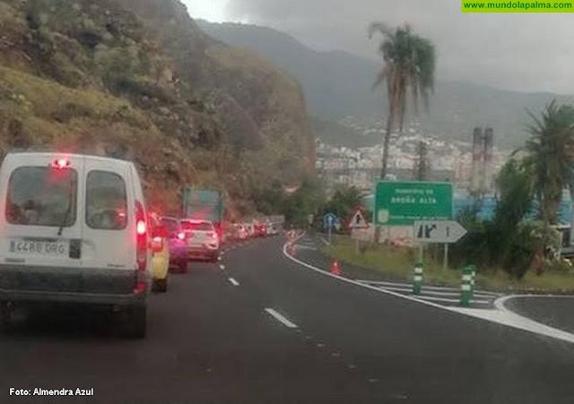 Importantes retenciones en la entrada sur de Santa Cruz de La Palma por las obras del Risco de La Concepción