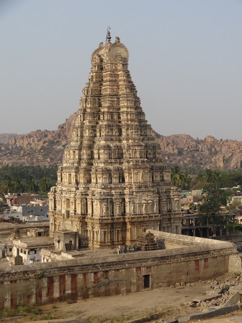 Gopura of Virupaksha temple in Hampi - Pick, Pack, Go