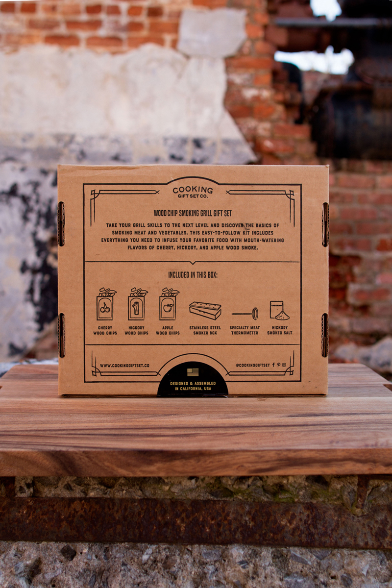 Wood Chip Smoking Grill Gift Set on Packaging of the World