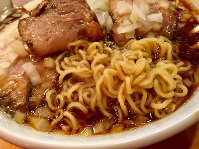 竹岡式ラーメンの麺