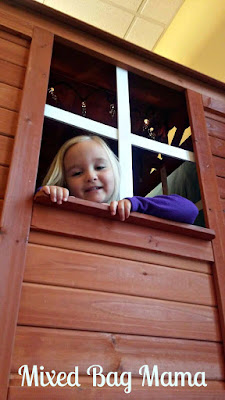 kid in treehouse