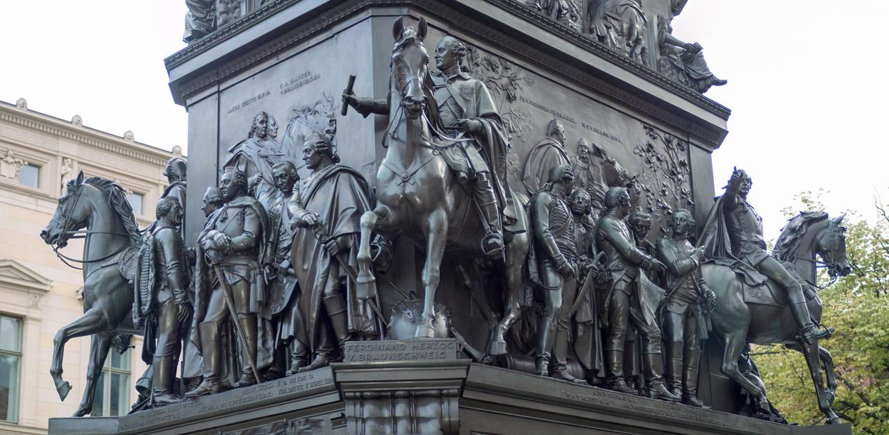 Monumento a Federico el Grande (Paseo de los tilos, Berlín) | Arte ...