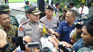 Dibantu Banser, Polisi Jamin Keamanan Perayaan Natal di Jombang