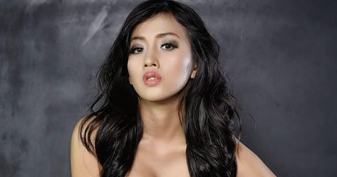 Foto Hot Zahra Jasmine Model Majalah Popular Hot Dan