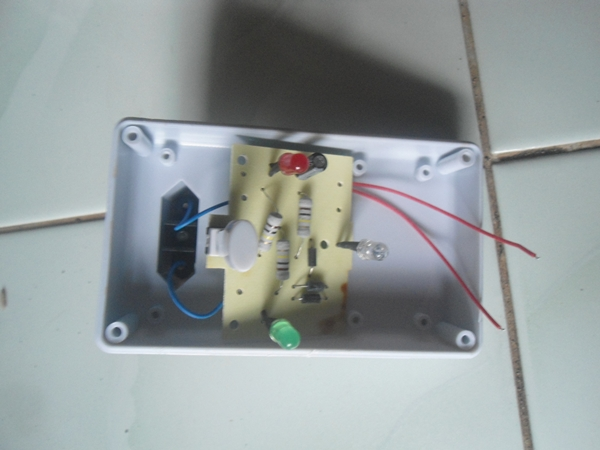 rangkaian alat pengusir tikus