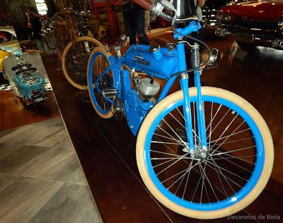Curitiba Antique Car - motos antigas e clássicas Indian e Harley