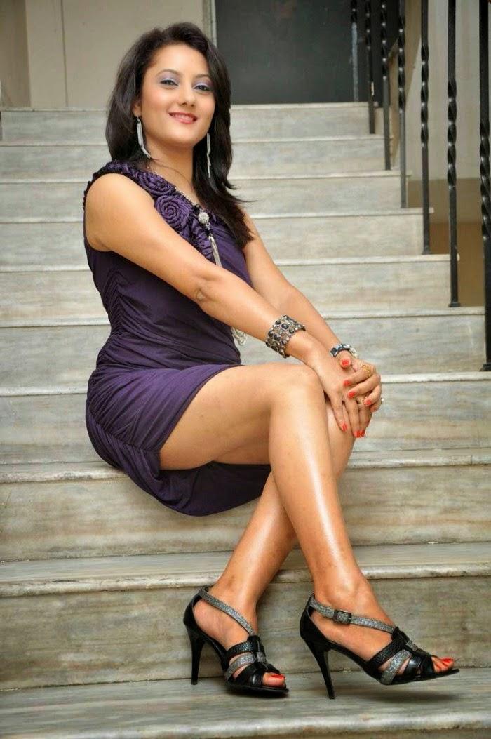 Indian Actress Upskirt Photoshoot - Indian Stuff-5594