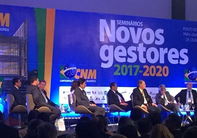 Prefeitos baianos se reúnem em Brasília de olho em recursos