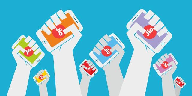 Reliance Jio ने मार्च महीने में 94 लाख जोड़े यूजर्स, Airtel और Vodafone-Idea को हुआ भारी नुकसान