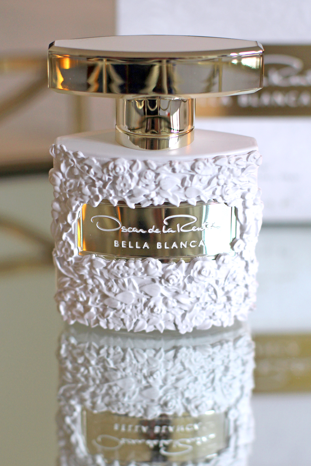 Oscar de la Renta Bella Blanca eau de parfum fragrance - UK beauty blog