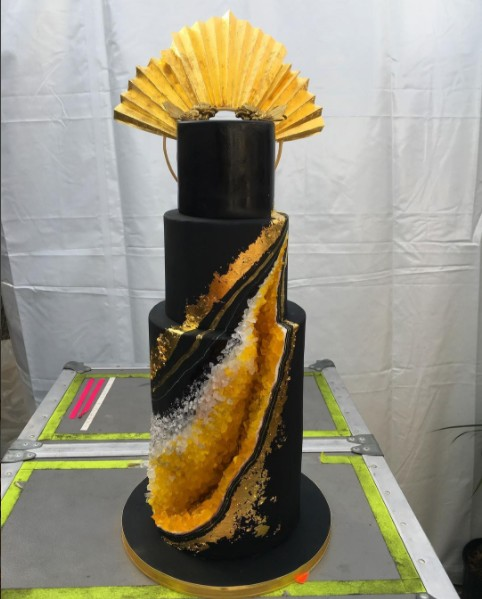 beyonce-celebrated-36th-birthday-3500-geode-cake