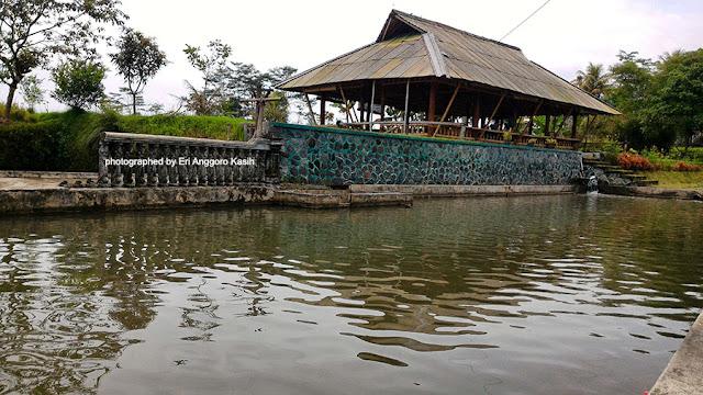 RM Bio Tirta Saung Botram Tasikmalaya.