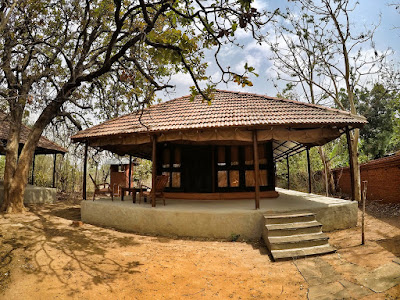 Authentic jungle cabin experience in Bandhavgarh National Park