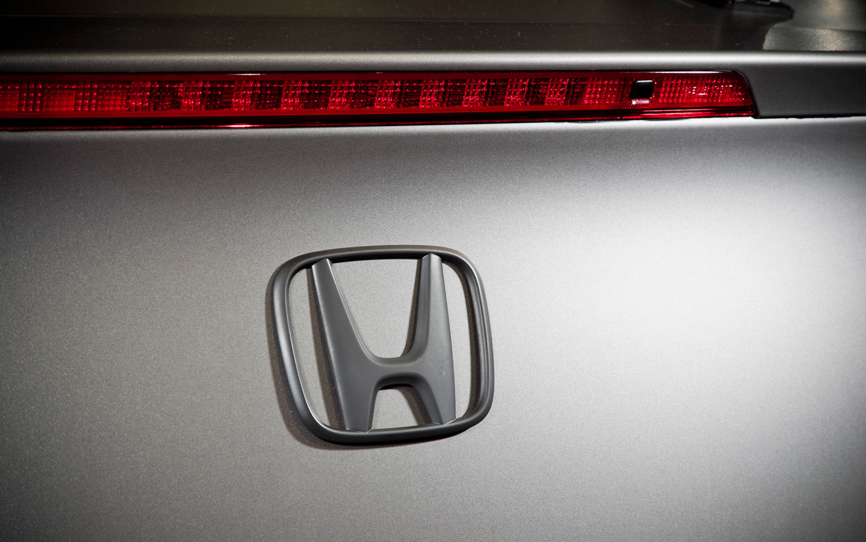 trunk lid grand new avanza perbedaan agya g dan trd cars model 2013 2014 honda accord coupe
