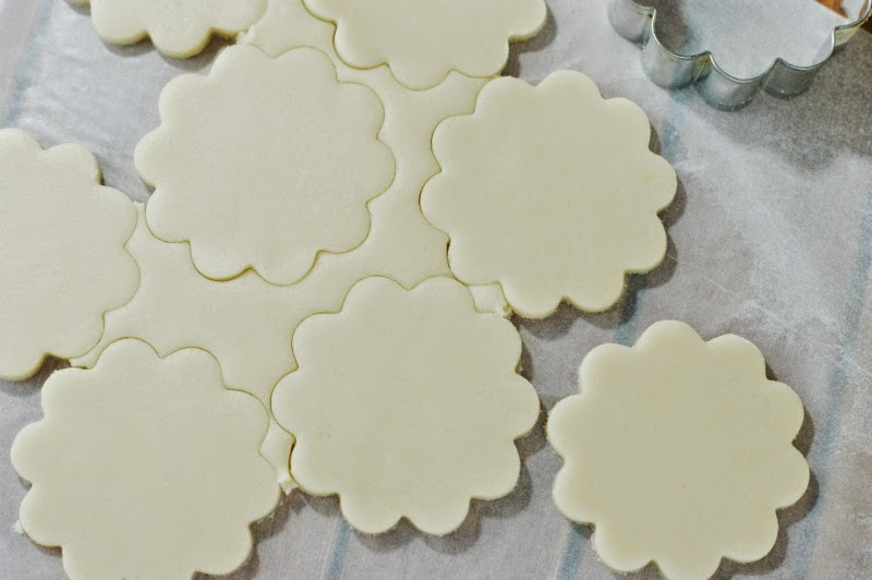 Cutting Out Cookies to Make Lemon-Glazed Butter Cookies Image