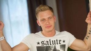 Roman Olenovic – SESSION STILLS