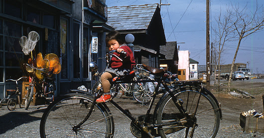 26 Color Photos Documented Everyday Life of Chitose, Japan in the 1950s