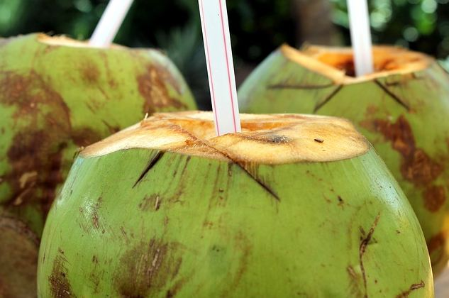 Did You Know That These Things Can Happen To Your Body Just By Drinking Coconut Water For 1 Week? You Should Try This!