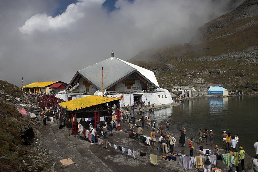 nishan sahib with Hemkund Sahib Ji on 16664408 furthermore Gurdwara sri bangla sahib also Schedule as well Introduction To Sikhismkhalsa Saint Soldier also The Golden Temple Amritsar Also Known.