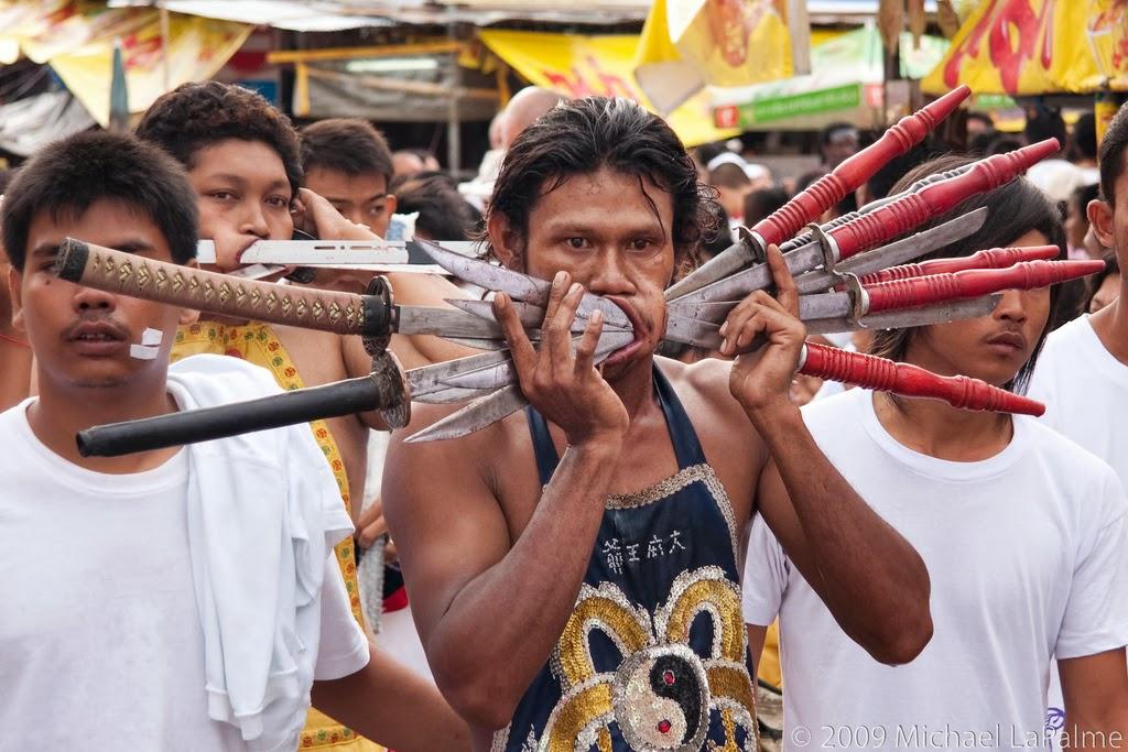 Afbeeldingsresultaat voor chinese gods phuket festival