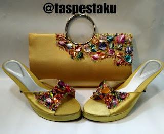 Handmade Tas Pesta Sandal Pesta Gold