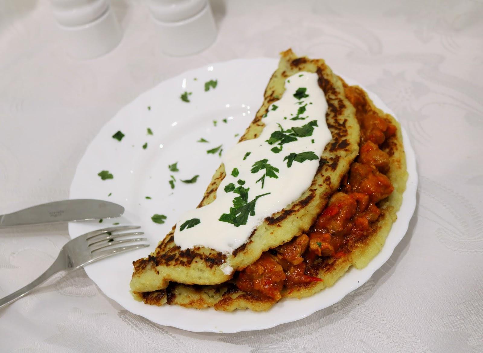 pomysł na obiad placki po węgiersku