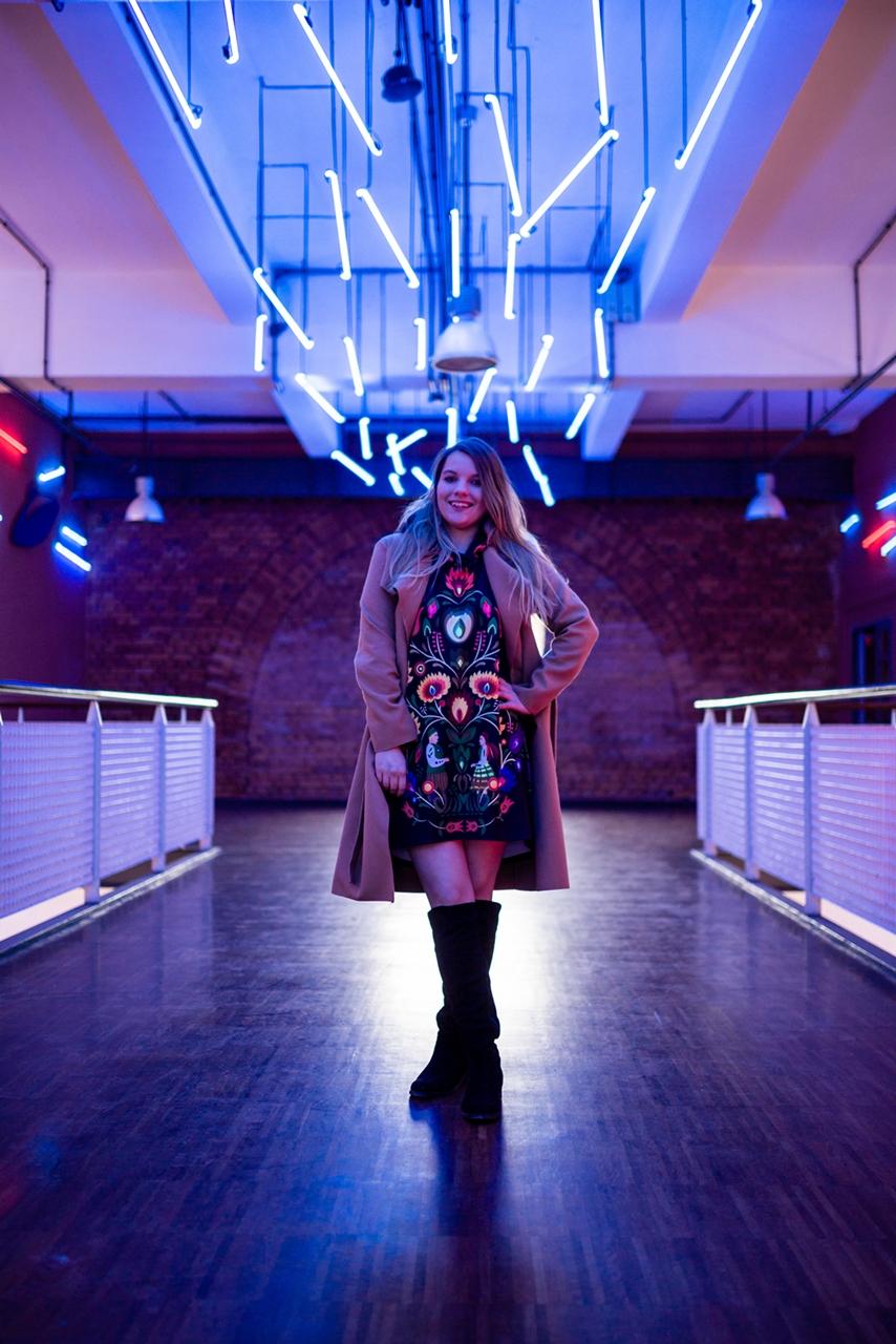2 folk by koko recenzje opinie jakość sukienka bluza z motywem łowickim kodra folkowe ubrania motywy eleganckie folkowe dodatki kodra łowicka góralskie róże stylizacja polska blogerka łódź moda melodylaniella