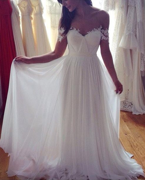 Simple But Elegant Off-the-shoulder Beach Wedding Dresses 2019 Floor Length With Appliques