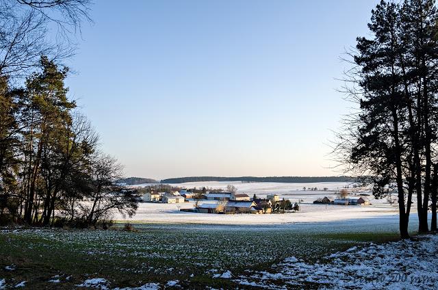 Widok na Łaz z okolicy wzgórza Bełczyna (Bałczyna)