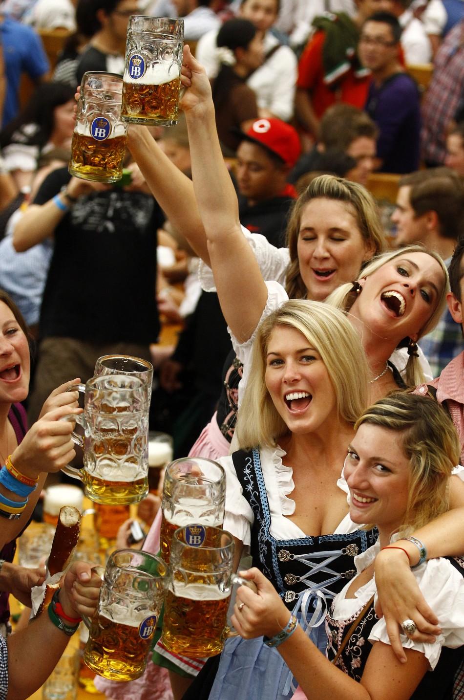 travel tips for Oktoberfest in Munich