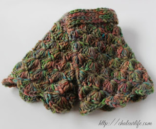 Simple Shells Toddler Legwarmers - Free Crochet Pattern