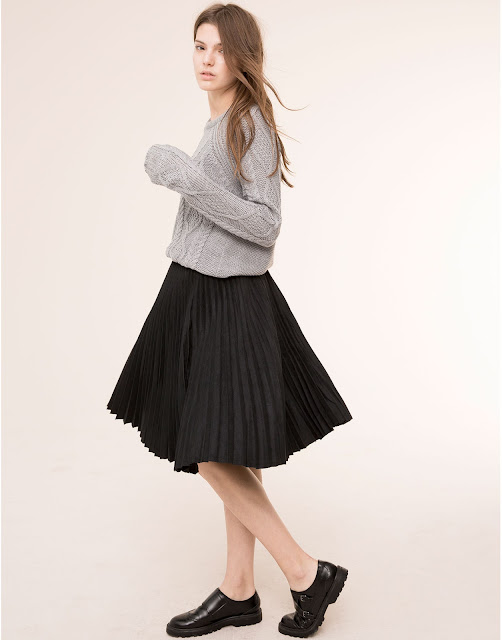 Pull&Bear pleated skirt