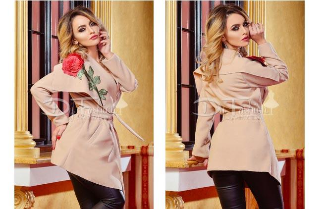 Palton elegant ieftin bej de toamna-iarna la moda online