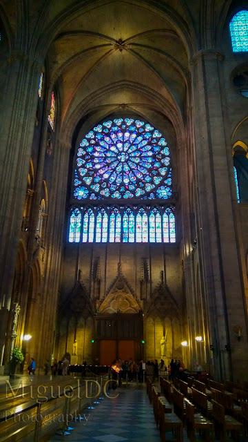 interior a la catedral