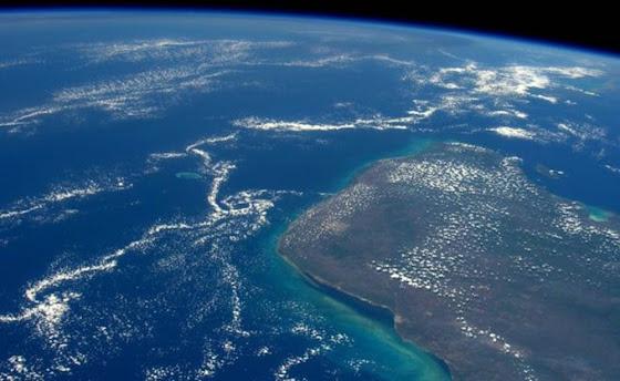 A cratera sob o Golfo do México que pode esconder as chaves sobre a origem da vida na Terra