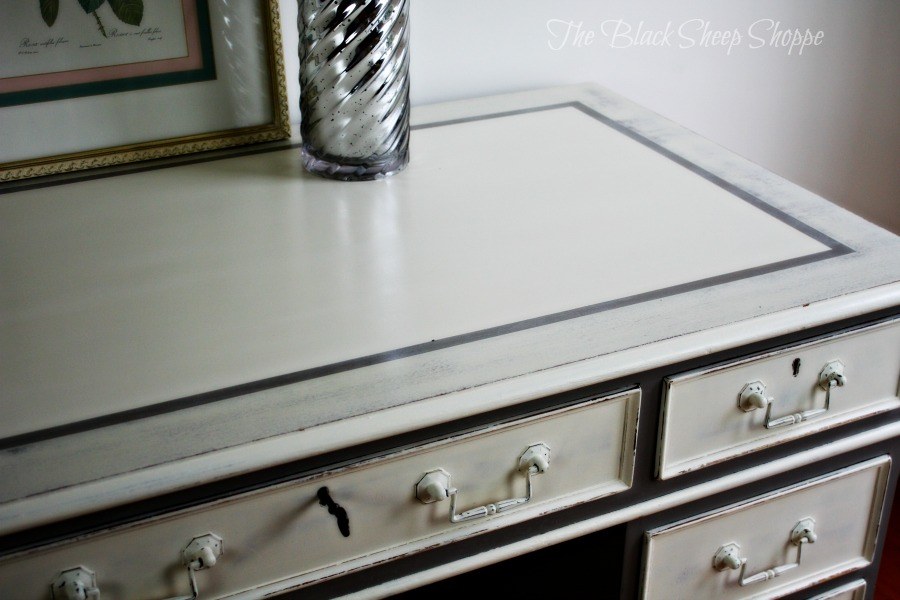 Old White with French Linen border.