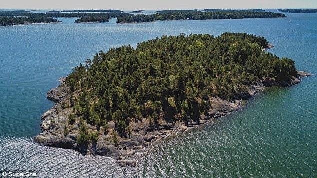 SuperShe Island: Το νησί που απαγορεύονται αυστηρά οι άνδρες
