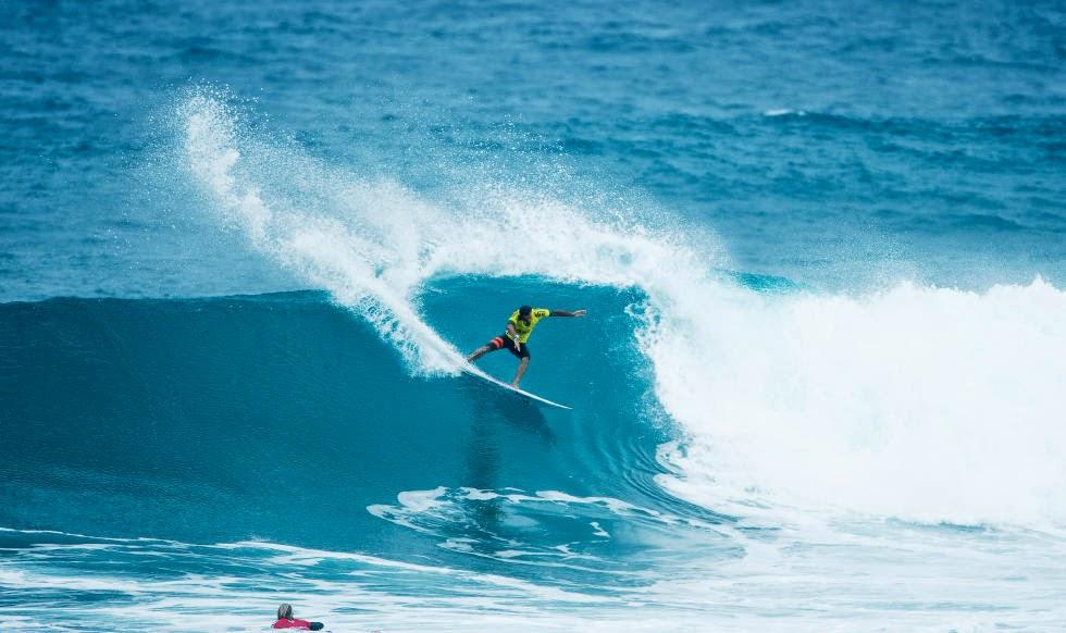 jonathan gonzalez semifinales vans world cup of surfing 04