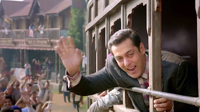 Salman Khan Cute Smile HD Picture In Tubelight Movie