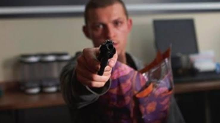 Diretores de 'Cherry' revelam como está o desempenho de Tom Holland no filme