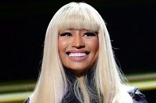 Nicki Minaj blond hair