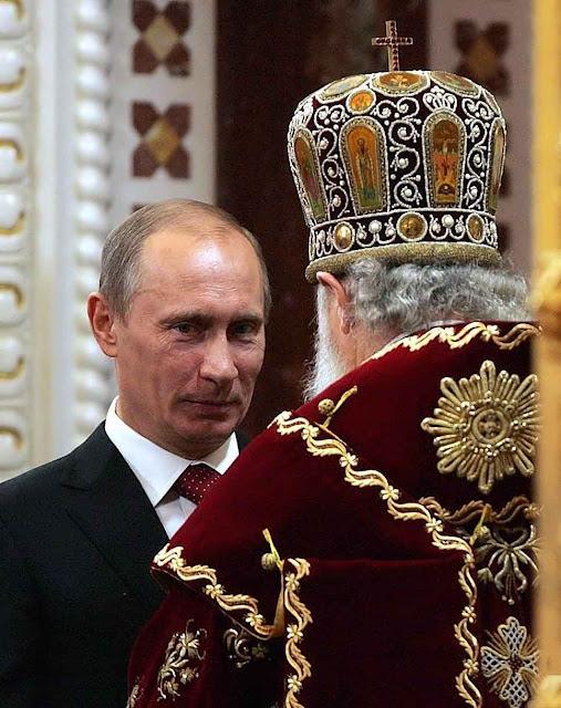 Por trás de véus ecumênicos, Moscou quer Putin como 'líder' dos cristãos enganados. Os 'agentes de influência' estão trabalhando...