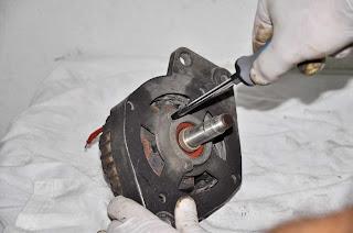 alternador-alternator Valeo 436193 sujeción rodamiento delantero