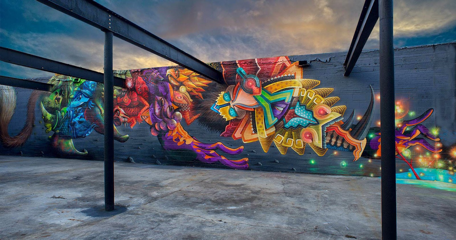Curiot and Nosego are currently in North America where they were invited to paint a new collaboration on the streets of Baton-Rouge in Louisiana.