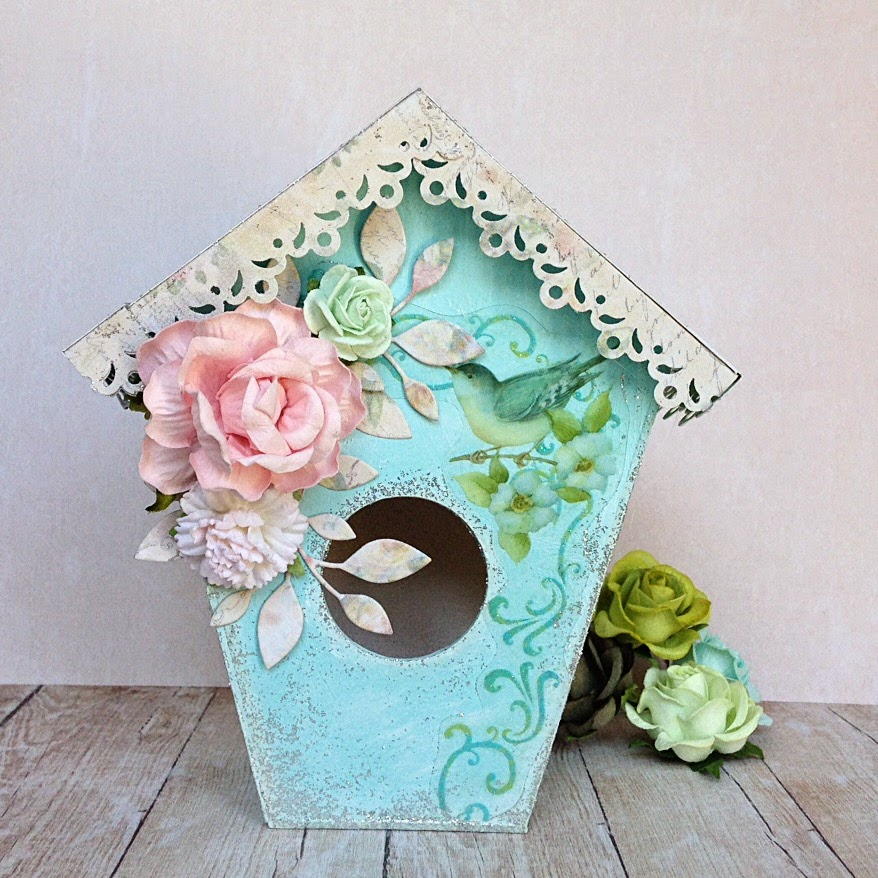 Shabby Chic scrapbooking bird house
