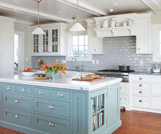 ilha na cozinha, cozinha rústica, móvel azul, azul serenidade, serenity, decoração, decor, kitchen, rustic furniture