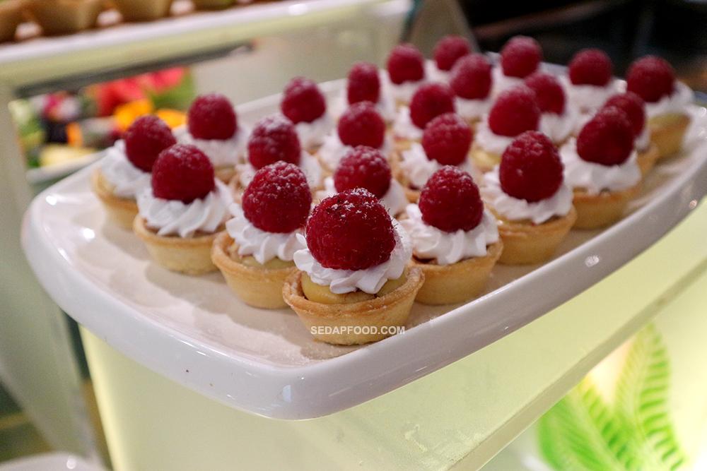 dessert berbuka puasa cyberview resort