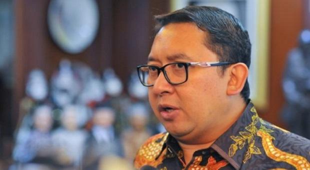 Sindir Jokowi, Fadli Zon Nyanyi Bebek Angsa dan Bangun Tidur