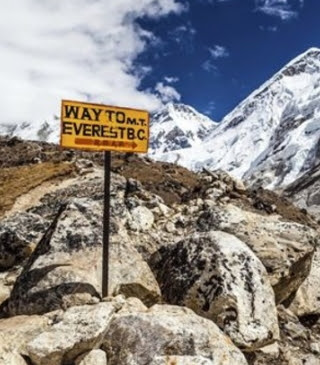 2 missing indian climbers dead mount everest