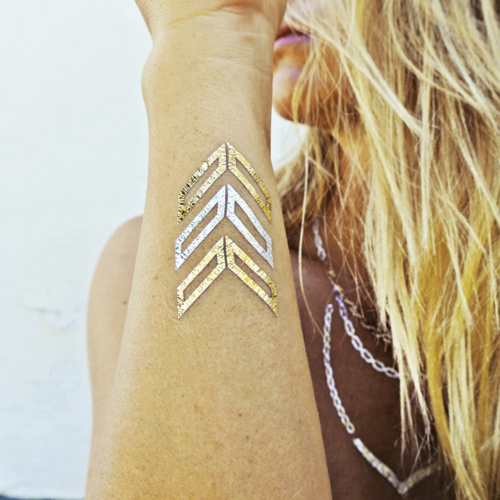 The Metallic Temporary Tattoo Trend